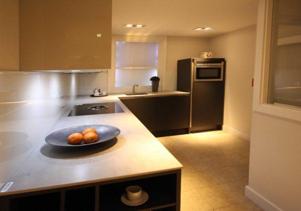 SIEMATIC S3-SLM Handleless Ex Display Kitchen